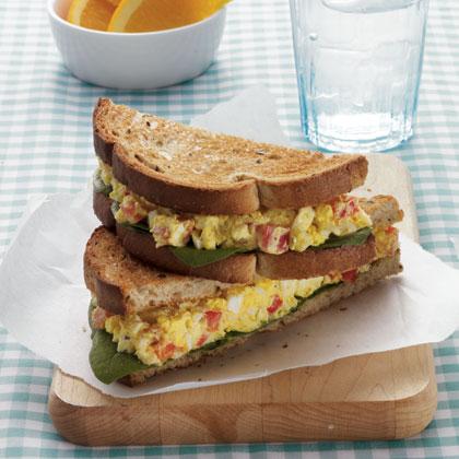 curried-egg-salad-sandwich-1992628-x