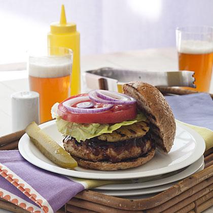 pineapple-turkey-burgers-hl-1898575-x